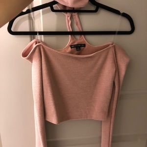 Tops - Over the shoulder top with choker